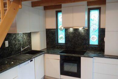 Cuisine granit vert olive marbrerie graniterie RIGHINI vosges granges aumontzey